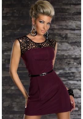 Bordowa sukienka z koronką  Nowoczesna elegancja w efektownym, wygodnym wydaniu mini sukienki