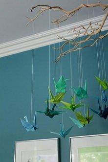 żurawie origami na gałązce