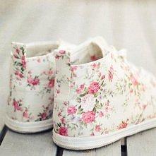 śliczne buty chciałabym takie * _ *