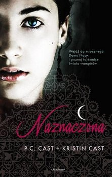 Początkująca wampirzyca, Zoey Redbird, trafia do szkoły Domu Nocy. To tu będzie musiała przejść nieodzowną Przemianę, by zdobyć kwalifikacje dorosłego wampira. Pomimo początkowy...