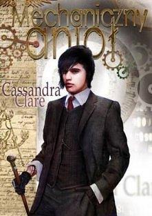 Magia jest niebezpieczna, ale miłość jeszcze bardziej. Kiedy szesnastoletnia Tessa Gray pokonuje ocean, żeby odnaleźć brata, celem jej podróży jest Anglia za czasów panowania kr...