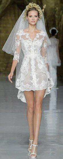 Piękna krótka suknia ślubna