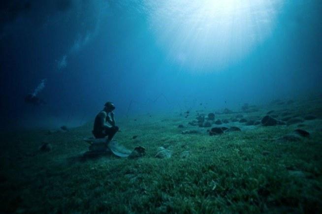 Freediving (z ang. free - wolny, swobodny; diving - nurkowanie) - nurkowanie na wstrzymanym oddechu, bez aparatury.