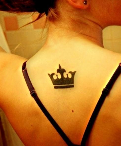 Tatuaż Korona Na Plecach Na Tatuaże Zszywkapl
