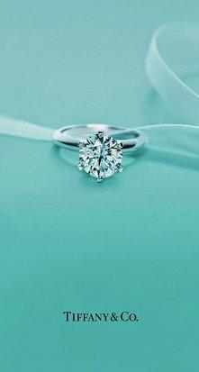 to mój pierścionek zaręczynowy!