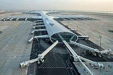 Międzynarodowe lotnisko w Chinach. Robi wrażenie, prawda?  Kto może podzielić się swoimi wrażeniami odnośnie zwiedzanych krajów i lotnisk? Co wam najbardziej spodobało się lub n...