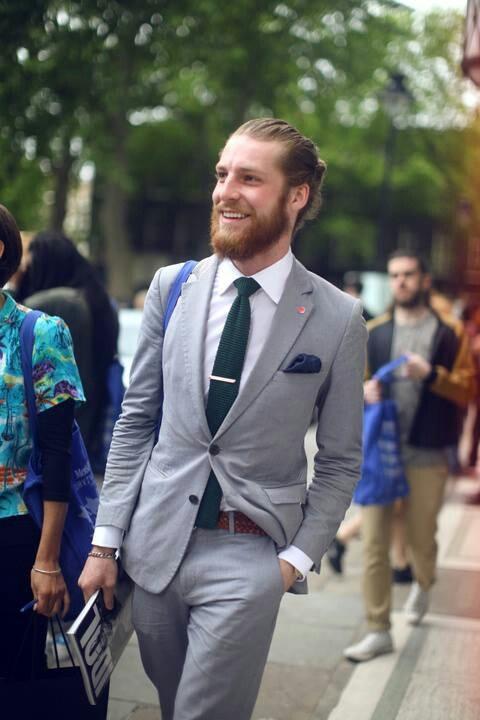 #suit