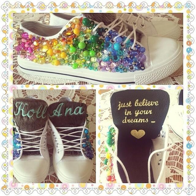 Moje budki które zrobiła KollAna <3 Ma stronę na facebooku i tak ją znalazłam obszywa buty, kurtki, spodnie wszystko i to pięknie i nie drogo <3
