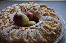 Ucierane ciasto z jabłkami....