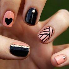 Pink & Black Nails.