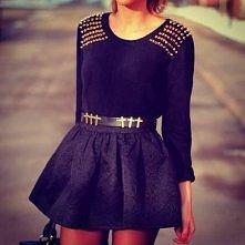 Czarny outfit z ćwiekami