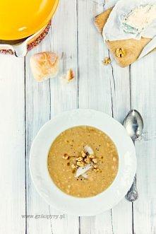 Zupa z pieczonego selera
