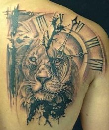 tattoo leon clock