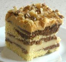 Ciasto z budyniem i krówkową koroną