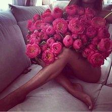 marzenie każdej kobiety <3  która z nas nie lubi takich niespodzianek ? :)