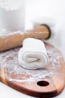 Masa cukrowa/lukier plastyczny do tortów