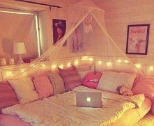 idealne łóżko :3 spałabym!