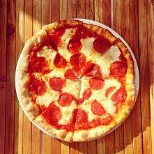 Aż mam ochotę na pizzę :)