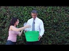 President Obama Accepts The ALS Ice Bucket Challenge  Oczywiście, nie jest to...