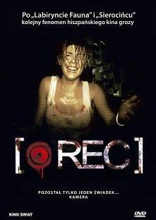 REC...horror Ekipa lokalnej telewizji towarzyszy brygadzie strażaków w ich no...
