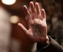 rozpoznajemy kogo to tatto?