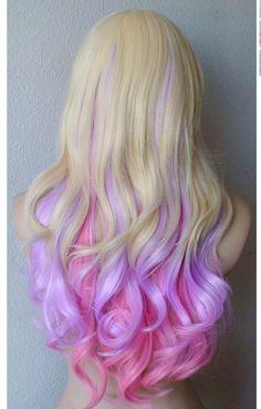 Blond Włosy Z Fioletowym I Różowym Spodem Ciekawy Pomysł