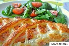 Składniki: 1 opakowanie ciasta francuskiego 250- 300 gramów świeżego łososia ...