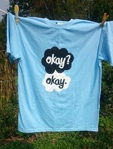 Kolejny, ręcznie malowany t-shirt DIY zrobiony na zamównienie ;) Wykonuję koszulki na zamówienie z dowolnym wzorem - kontakt ze mną - joannacz0@poczta.onet.pl ^^  lub priv na fa...