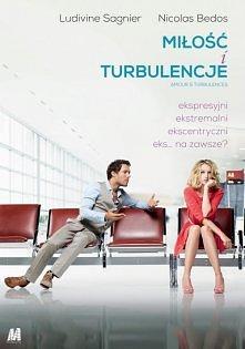 Miłość i turbulencje. Nawet dobry film, przez całą 6-cio godzinną podróż samolotem, dowiadujemy się, jak wyglądał związek głównych bohaterów. Film przewidywalny, warto poświęcić...