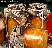 Prosta sałatka na zimę z kapusty, marchwi i chrzanu