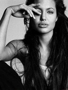 Angelina Jolie, always beautiful <3