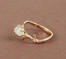 Piękny złoty pierścionek z ...