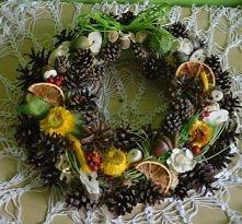 okrągły jesienny stroik