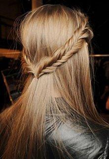 warkocz we włosach