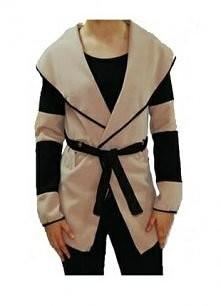 Kupowałyście może ten płaszczyk? Bardzo mi sie on podoba i zastanawiam się nad kupnem, ale jestem ciekawa waszych opinii. Tak więc proszę o podpowiedzi ;) :D