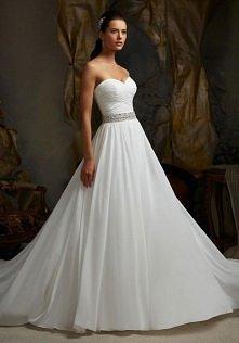 Criss Cross Sweetheart Chiffon Button Brush Train Wedding Dress