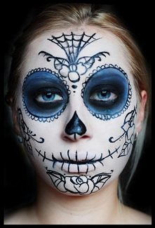 Make up halloween ---------...