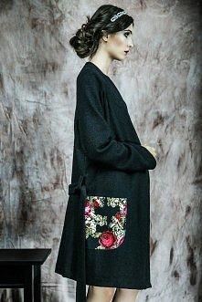 Długi sweter/płaszczyk z wełny projektant: Kasia Miciak