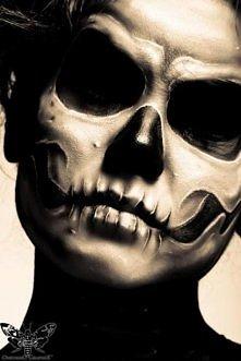 Makijaż na Halloween. Cudny prawda? :)