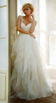 a tak z innej beczki suknia ślubna :) Kto z was planuje wkrótce być panną młodą ^^ ♥♥♥