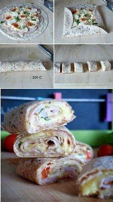 Rollsy z tortilli na ciepło. Przepis po kliknięciu na zdjęcie.