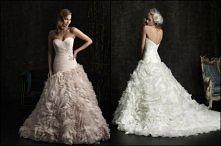 Allure Bridals. model 8950