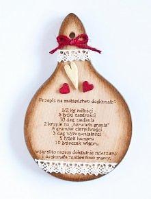 Prezent w staropolskim stylu kuchennym. Biel, czerwień i drewno, wszystko naturalne i eko - klik :)