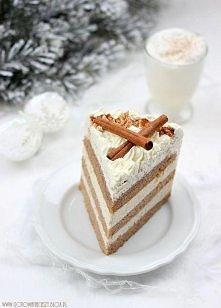 Świąteczny tort cynamonowo - migdałowy  przepis po kliknięciu w zdjęcie