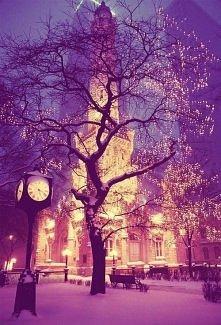 światełka na ulicach <3 ...