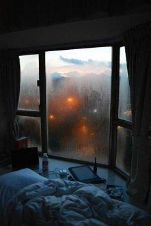 to mogłoby byc moje okno : ))
