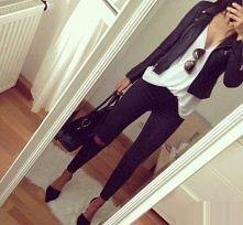 bardzo ładny strój :)