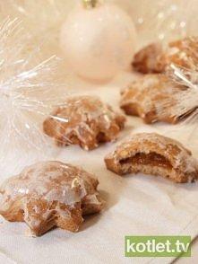 Przepis na Pierniczki z nadzieniem – pyszneliczba porcji: ok. 30 pierniczków Składniki 2,5 szkl mąki1 jajko 1/2 szk miod 1/2 szkl cukru pudru1 łyżka masła1 łyżka przyp do pierni...