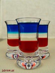 SHOT AMERICAN FLAG   Kolorowy, trójwarstwowy shot w kolorach flagi amerykańskiej albo francuskiej.    Ten shot wygląda bardzo efektownie, a jest dość łatwy do zrobienia, bo posz...