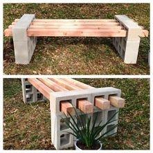 ławka. pustaki + drewniane pale
